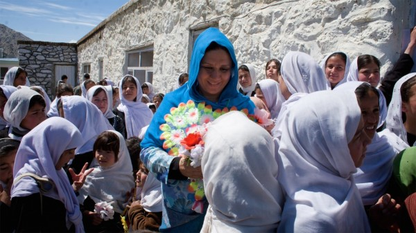 LMIK–Photo-by-Sanaz-Fotouhi—Mahboba-and-children—Panjshir-Valley copy